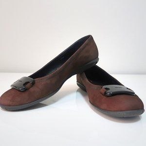 Prada Women's Brown Suede Flats Size 39 1/2